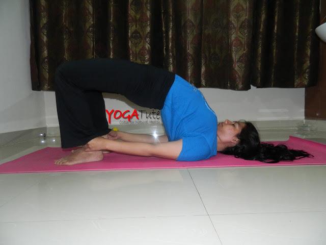 Kandharasana (Shoulder Base Asana)